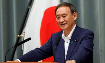 Japon: élu à la tête du PLD, l'atypique Yoshihide Suga en passe de succéder à Shinzo Abe